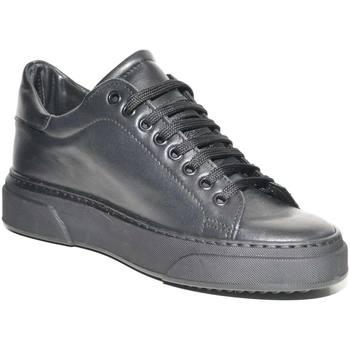 Scarpe Uomo Sneakers basse Malu Shoes Sneakers bassa uomo invernale in vera pelle vitello nero fondo NERO