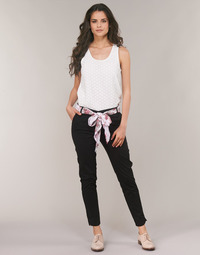 Abbigliamento Donna Pantaloni 5 tasche Betty London JIYOO Nero