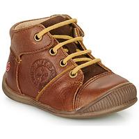 Scarpe Bambino Sneakers alte GBB OULOU Marrone