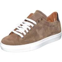 Scarpe Uomo Sneakers basse Made In Italia Sneaker bassa uomo in vera pelle scamosciata tortora e marrone TORTORA