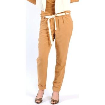 Abbigliamento Donna Pantaloni morbidi / Pantaloni alla zuava American Vintage PANTALON LEA139 CUMIN Giallo
