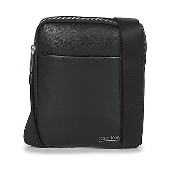 Borse Uomo Pochette / Borselli Calvin Klein Jeans CK BOMBE' FLAT CROSSOVER Nero