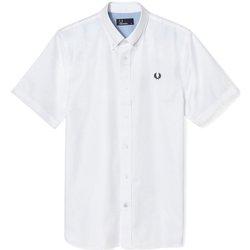 Abbigliamento Uomo Camicie maniche corte Fred Perry Camicia Uomo Botton Down Bordata Bianco