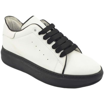 Scarpe Uomo Sneakers basse Malu Shoes Sneakers uomo bassa linea basic in vera pelle bianca con bordin BIANCO