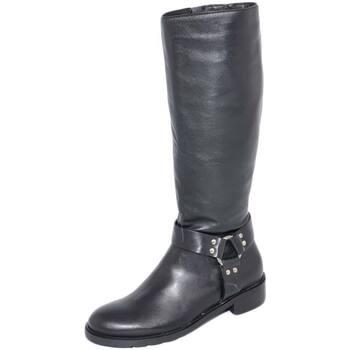 Stivali Malu Shoes  Stivali donna nero in vera pelle di nappa con zip aderenti con  colore Nero
