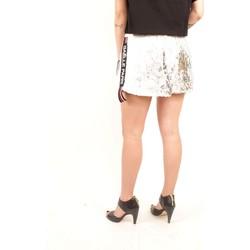 Abbigliamento Donna Shorts / Bermuda GaËlle Paris GBD4324 Multicolore