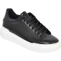 Scarpe Uomo Sneakers basse Malu Shoes Sneakers uomo bassa linea basic in vera pelle abrasivata nera c NERO