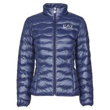Abbigliamento Donna Piumini Emporio Armani EA7 TRAIN CORE LADY W LT ECO DOWN JCKT Marine