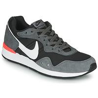 Scarpe Uomo Sneakers basse Nike VENTURE RUNNER Nero / Grigio / Bianco