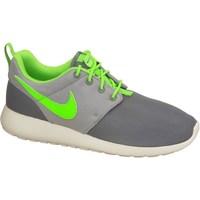 Scarpe Unisex bambino Sneakers basse Nike Roshe One GS Grigio