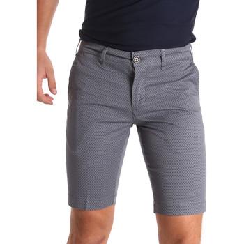 Abbigliamento Uomo Shorts / Bermuda Sei3sei PZV132 71336 Grigio