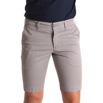 Abbigliamento Uomo Shorts / Bermuda Sei3sei PZV132 71336 Marrone