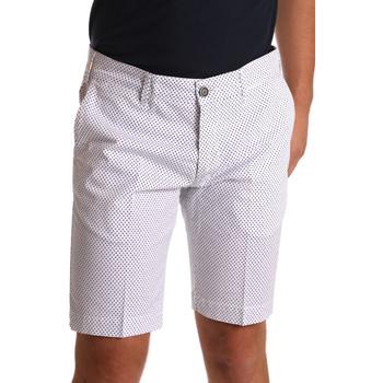 Abbigliamento Uomo Shorts / Bermuda Sei3sei PZV132 71336 Bianco
