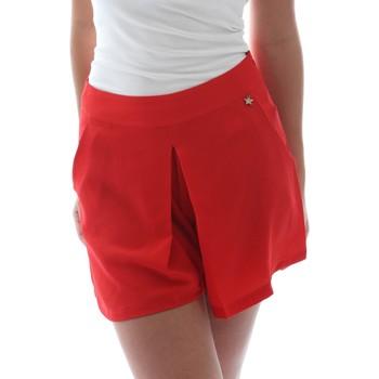 Abbigliamento Donna Shorts / Bermuda Fornarina BER1L17C98176 Rosso
