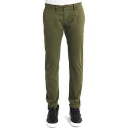 Abbigliamento Uomo Chino Gaudi 821BU25007 Verde