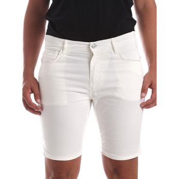 Abbigliamento Uomo Shorts / Bermuda Antony Morato MMSH00140 FA800109 Bianco