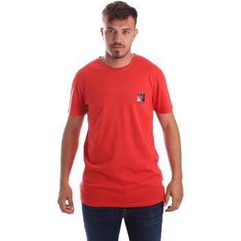 Abbigliamento Uomo T-shirt maniche corte Byblos Blu 2MT0010 TE0045 Rosso