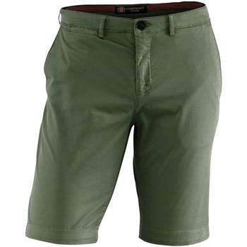 Abbigliamento Uomo Shorts / Bermuda Lumberjack CM80647 002 602 Verde