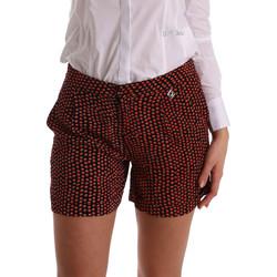Abbigliamento Donna Shorts / Bermuda Gaudi 73BD25209 Nero