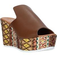 Scarpe Donna Ciabatte Grace Shoes 11 Marrone
