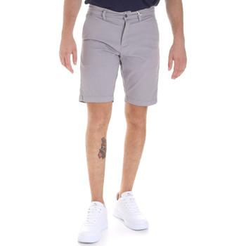 Abbigliamento Uomo Shorts / Bermuda Sseinse PB605SS Grigio