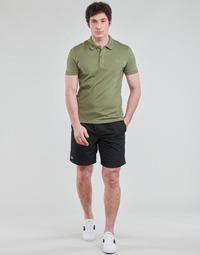 Abbigliamento Uomo Shorts / Bermuda Lacoste SHOSTA Nero