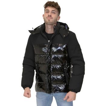 Abbigliamento Uomo Piumini Invicta 4431710/U Nero