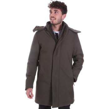 Abbigliamento Uomo Cappotti Sseinse GBI684SS Verde