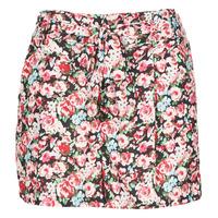 Abbigliamento Donna Shorts / Bermuda Betty London OULALA Nero / Rosa