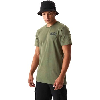 Abbigliamento Uomo T-shirt & Polo New-Era 12590874 Verde