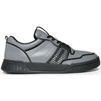Scarpe Uomo Sneakers Bikkembergs - scoby_b4bkm0102 Grigio
