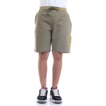 Abbigliamento Uomo Shorts / Bermuda Aeronautica Militare 211BE109F419 Bermuda Uomo verde verde