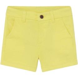 Abbigliamento Bambino Shorts / Bermuda Mayoral ATRMPN-27529 Giallo