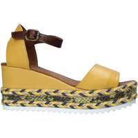 Scarpe Donna Sandali Bueno Shoes 21WQ6000 Giallo