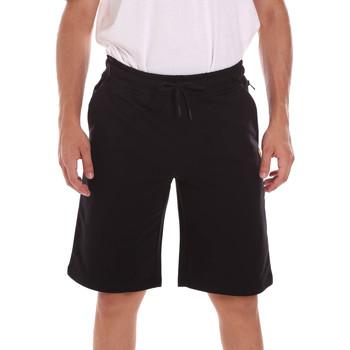 Abbigliamento Uomo Shorts / Bermuda Ciesse Piumini 215CPMP71415 C4410X Nero