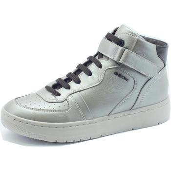 Scarpe Geox  Sneakers per donna  in pelle argento con lacci e lampo