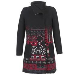 Abbigliamento Donna Cappotti Desigual JEFINITE Nero / Rosso