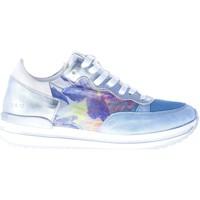 Scarpe Donna Sneakers basse Quattrobarradodici Sneaker in camoscio AZZURRO con tessuto e stampa floreale blu