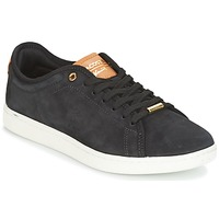 Scarpe Donna Sneakers basse Lacoste CARNABY EVO 8