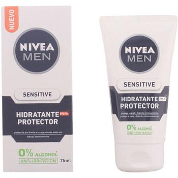 Bellezza Uomo Idratanti e nutrienti Nivea Men Sensitive Protector Hidratante 0% Alcohol Spf15  75 ml