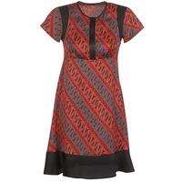 Abbigliamento Donna Abiti corti Sisley ZEBRIOLO Rosso / Nero