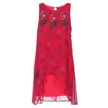 Abbigliamento Donna Abiti corti Desigual DORIJE Rosso