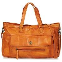 Borse Donna Borse a spalla Pieces TOTALLY ROYAL LEATHER TRAVEL BAG Cognac
