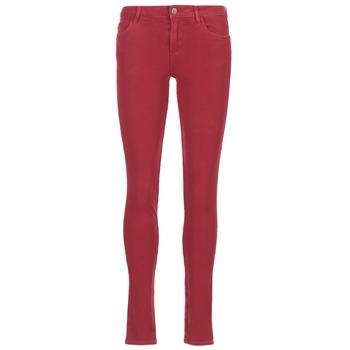 Abbigliamento Donna Jeans slim Guess SANSOPO Rosso