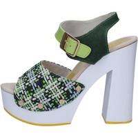 Scarpe Donna Sandali Suky Brand sandali verde tessuto vernice AC489 Verde