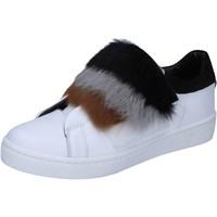 Scarpe Donna Sneakers Islo sneakers bianco pelle pelliccia BZ211 Bianco
