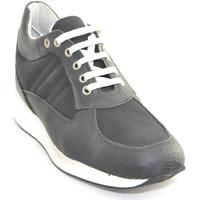 Scarpe Uomo Sneakers basse Made In Italy Scarpe uomo nero microforate comfort vera pelle  fondo ultralegg NERO