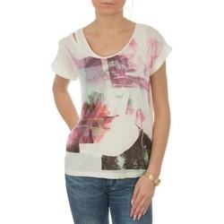 Abbigliamento Donna T-shirt maniche corte Lee T-shirt  Night Cloud Dancer L485AUHA white